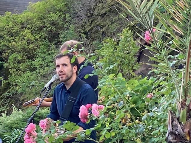 beim letzten Konzert im Felsengarten der Talstrasse im September 2020. © Fl. B.-L.